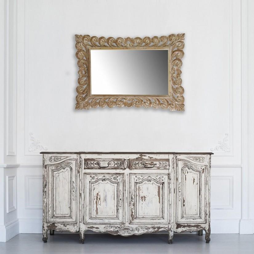 Espejo de madera de teka tallada estilo provenzal. Ambiente